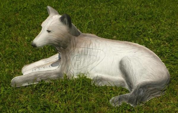 Leitold liegender weißer Wolf