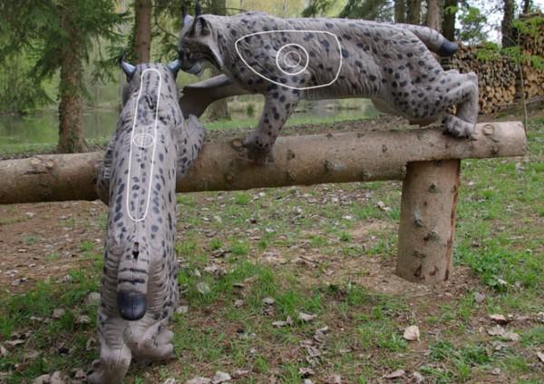 3D-Tier NaturFoam kletternder Luchs